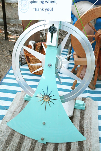alpacas spinning wheel _MG_0022 | by ex.libris