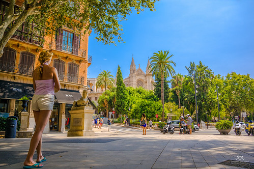 Cathedral 'La Seu' and view of Palma De Mallorca | by Tommie Hansen