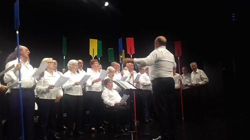 Actuación del coro de Asparbi en Musikaldia Sopelana