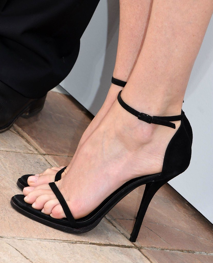 butt Feet Charlize Theron naked photo 2017