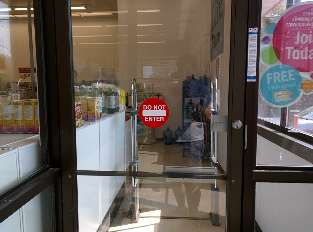 ... New Decal/Automatic Doors At Shoppers Drug Mart | By Huy Dang