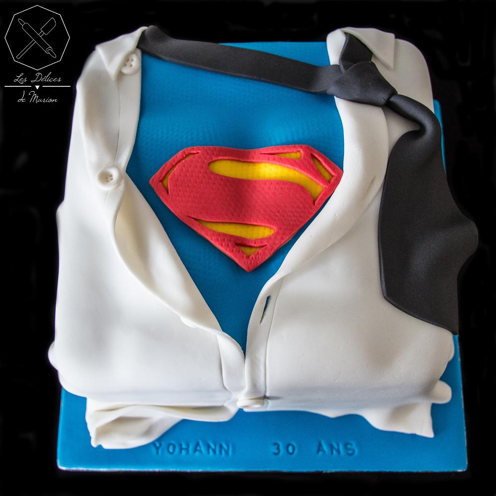 Gateau Superman Cake Design Delices Marion Les Delices De Marion