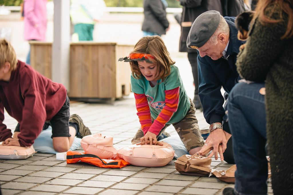 street resuscitation에 대한 이미지 검색결과