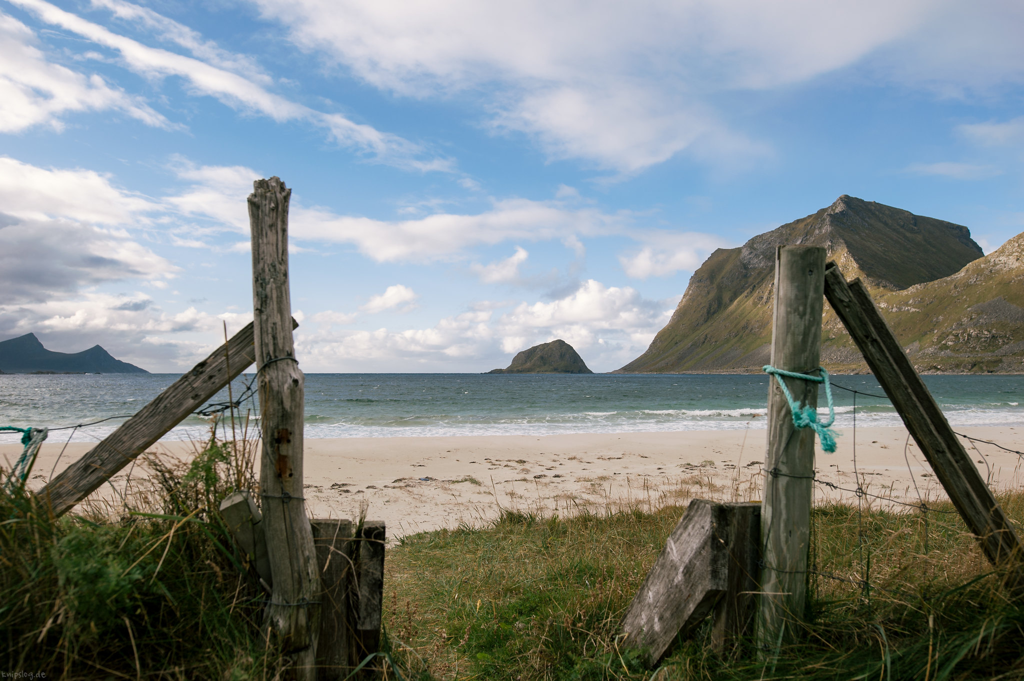 Open the door to the beach