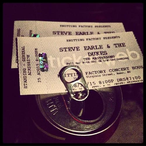 #tonightsoundslikethis42 #steveearle #livemusic #knittingfactory #ticketporn #thatbeercostmetenfifty #ridonk
