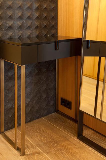 Restrained and luxury residence by Form Bureau Sundeno_05