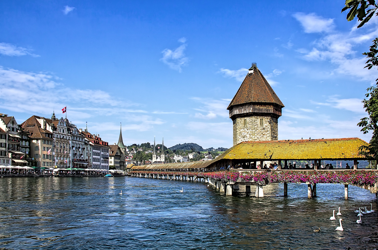 Lucerne – The Switzerland City That Offer Natural Beauty