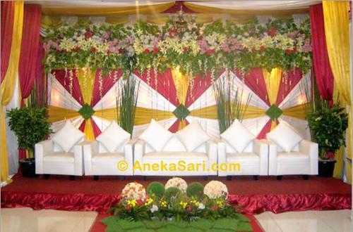 acara Pesta Resepsi Pernikahan di restoran Aneka Sari
