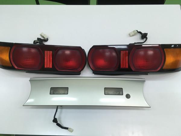 SW20 Rev 3 rear lights with Grey Garnish