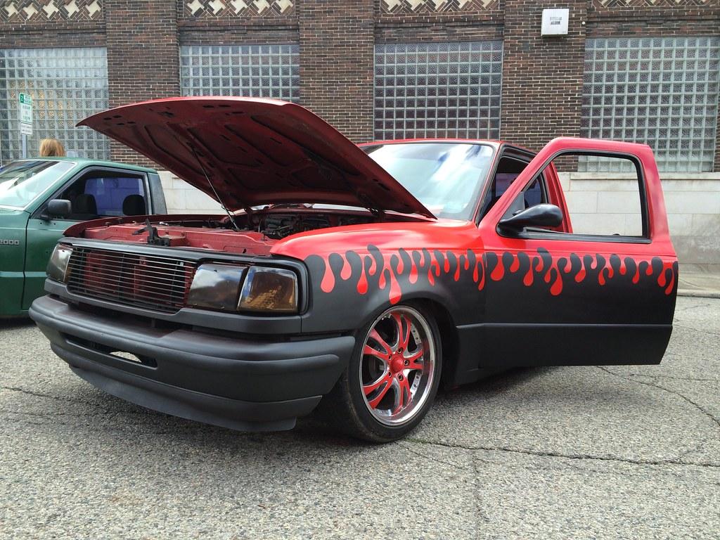 Slammed 1995 Ford Ranger Truck