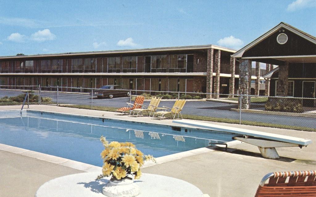 Pioneer Inn - Cartersville, Georgia