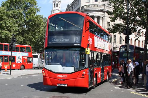 London United VH45160 LJ65FZS