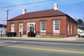 Sweetwater, TN post office | by PMCC Post Office Photos