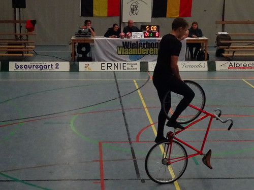 Final round of the Belgian Cycleball Championships in Beringen