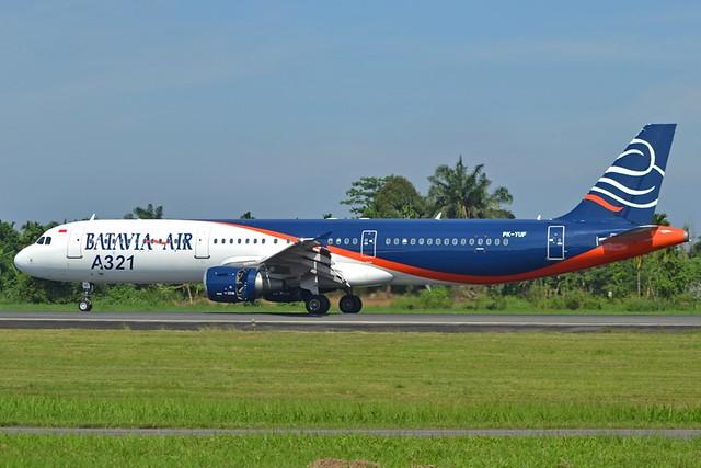A.321-211 C.n 1017 'PK-YUF' Batavia Air