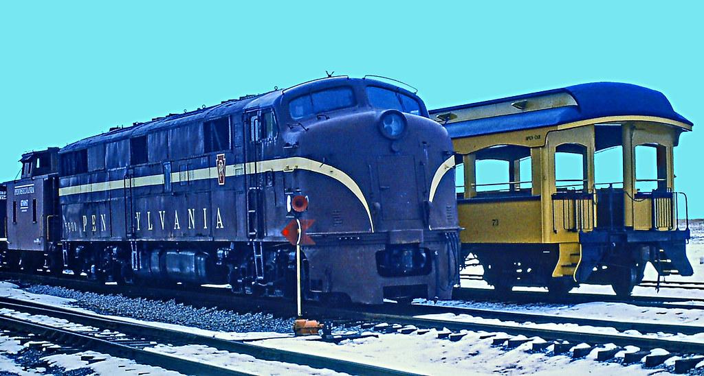 73 PRR EP20 (aka EMD E7) No.5901 and Wooden Coach No. 73