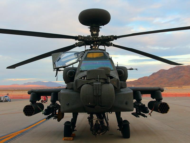 IMG_4135 AH-64 Apache, Nellis AFB Airshow