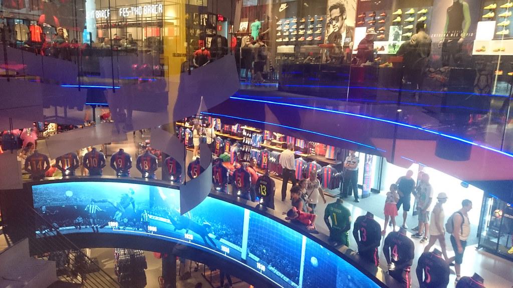... FCBotiga Store at Camp Nou e7d6406bcd1