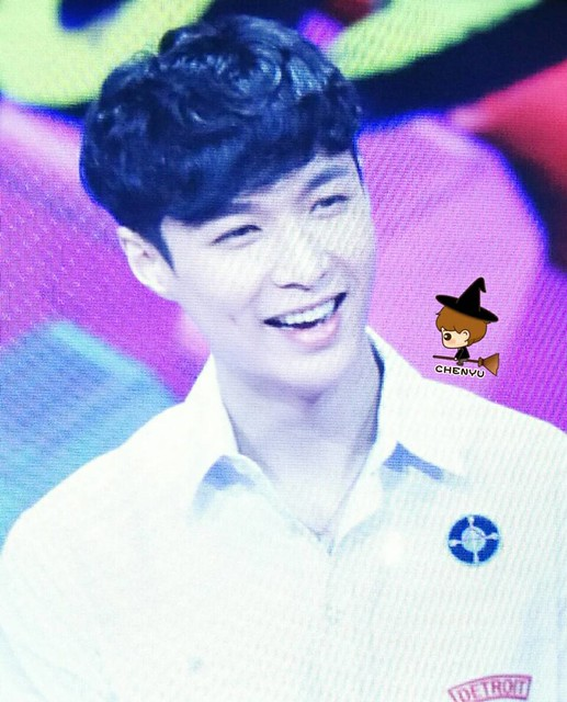 161031 Lay at Day Day Up Filming