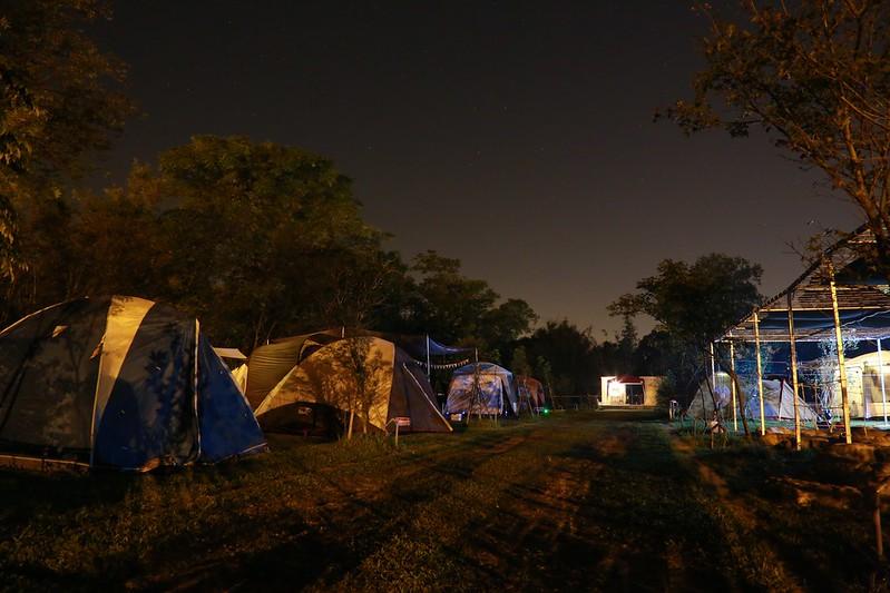 夜晚的營地