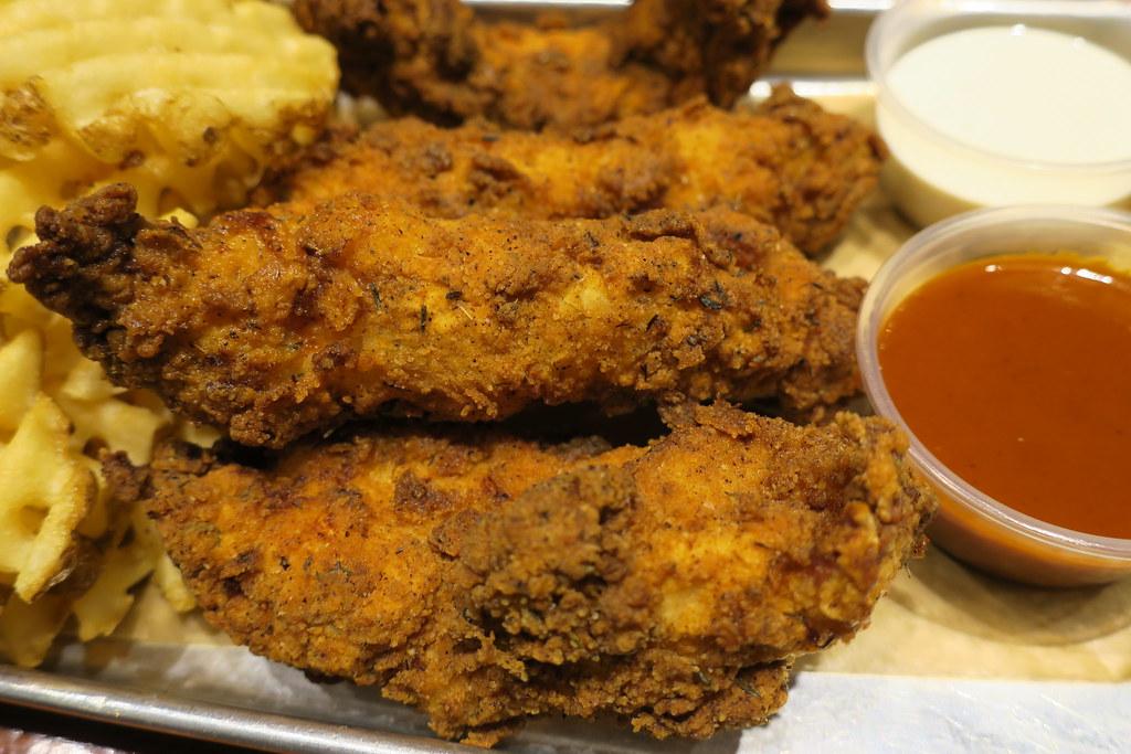 Bruxie Las Vegas Chicken Strips Xotic Imaging Flickr
