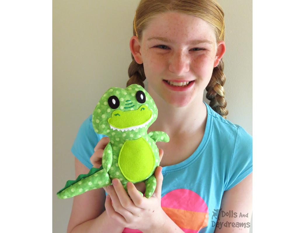 Crocodile Sewing Pattern Softie Tutroial Alligator Plushie Flickr