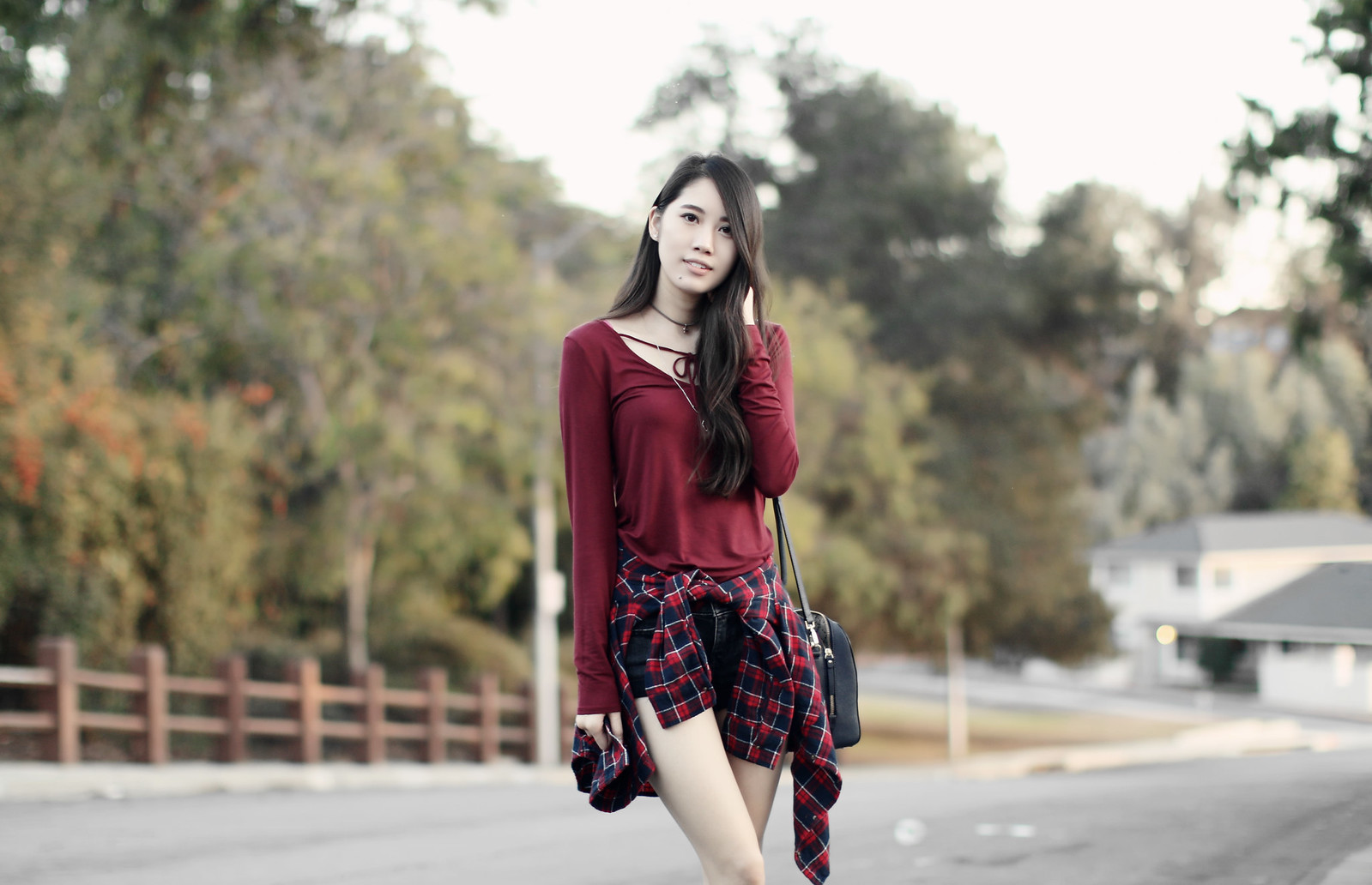 1129-fall-ootd-fashion-style-hollister-red-bowtie-autumn2016