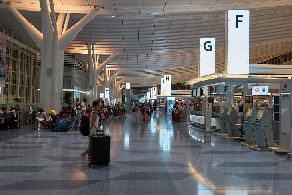羽田空港 / Haneda Airport