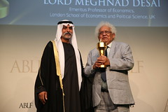 Lord (Meghnad) Desai, Emeritus Professor of Economics, London School of Economics and Political Science, UK, receiving the ABLF Business Economist Award from H.H. Sheikh Nahayan Mabarak Al Nahayan, Minister of Culture and Knowledge Development, UAE