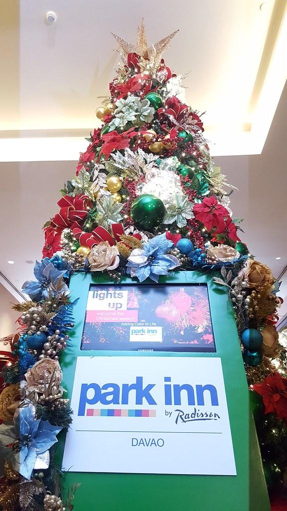 DavaoLife.com Photo | Park Inn By Radisson Davao Welcomes The Christmas Season 20161111_182348