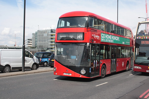 Arriva London North LT587 LTZ1587
