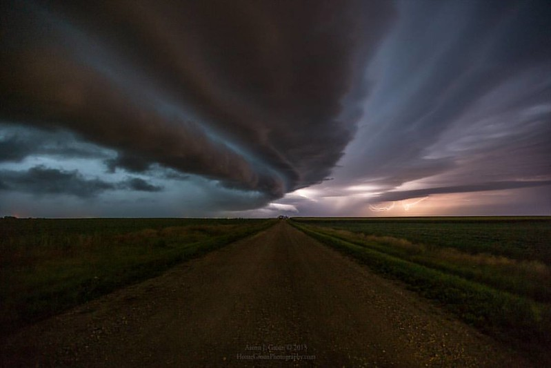 """sHELf cLoud"""
