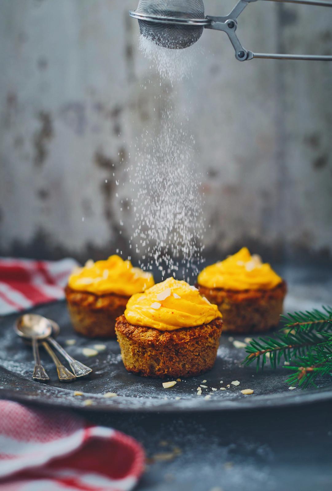 Glutenfri Morotsmuffin med Saffransfrosting - Evelinas Ekologiska