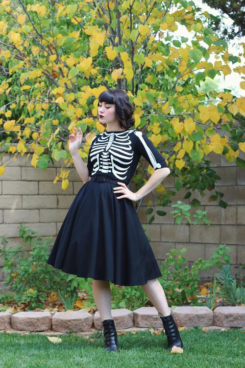 Unique Vintage 1950s Style Black Three-Quarter Sleeve Graves Swing Dress