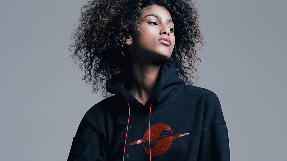 hoodie-outfit-editorial-look