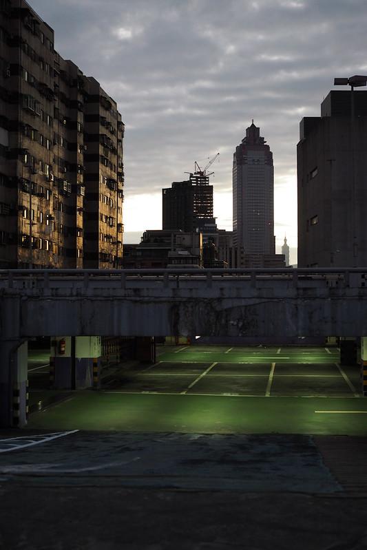 Sunrise|洛陽停車場 Taipei