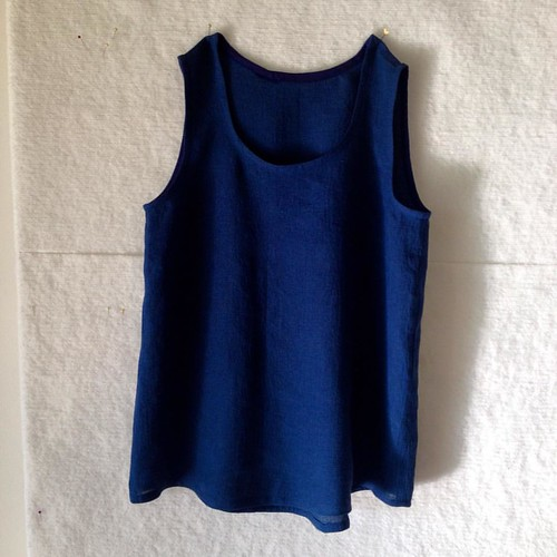 Procrastinatory project - another Wiksten tank in left over navy crinkle linen | by [Suse]
