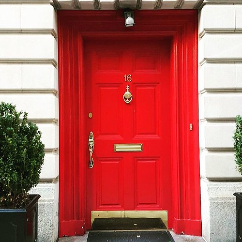 Red Front Door: Love This Door And Entry Way. Made Me Stop And Take Notice