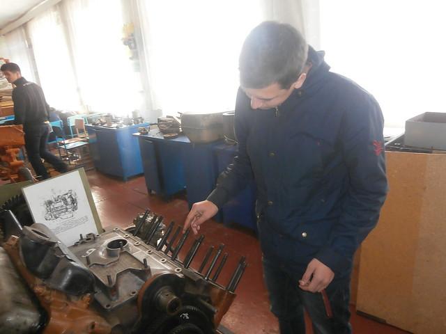 Слюсар з ремонту автомобілів