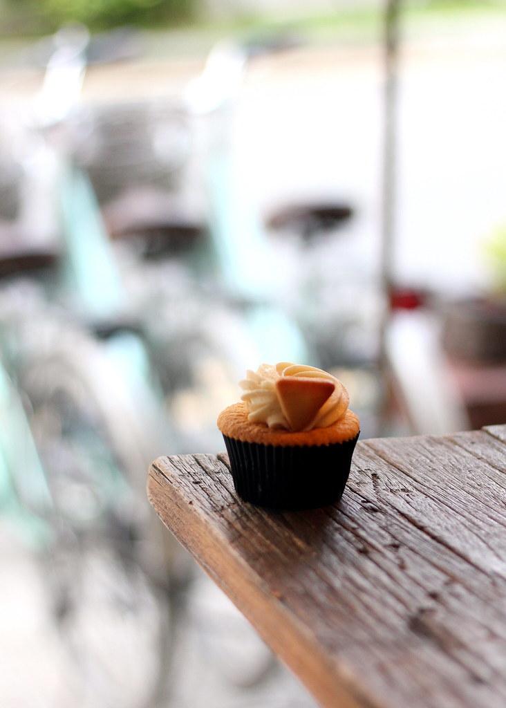 Tiong Bahru Cafes: Plain Vanilla Bakery