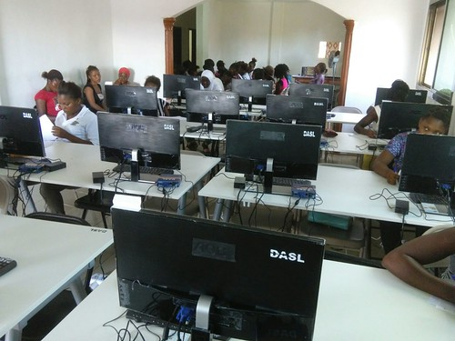 computers-up-and-running-04 | by Develop Africa