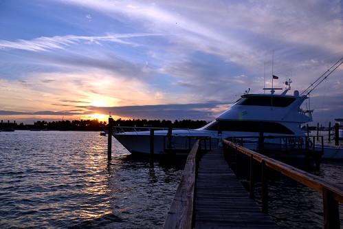 Sunset sailfish marina 3 nikon d3100 dsc 0129 sunset for Sailfish marina