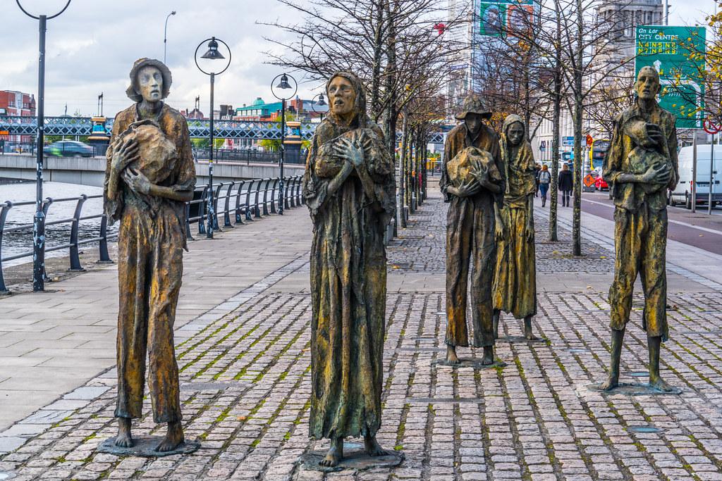 FAMINE MEMORIAL AT CUSTOM HOUSE QUAY IN DUBLIN [ARTIST - ROWAN GILLESPIE]-122185