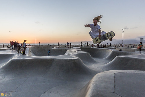 venice beach skateboarding 02 | by Eva Blue