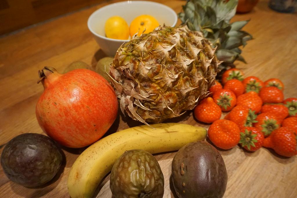 Frukter till fruktsallad
