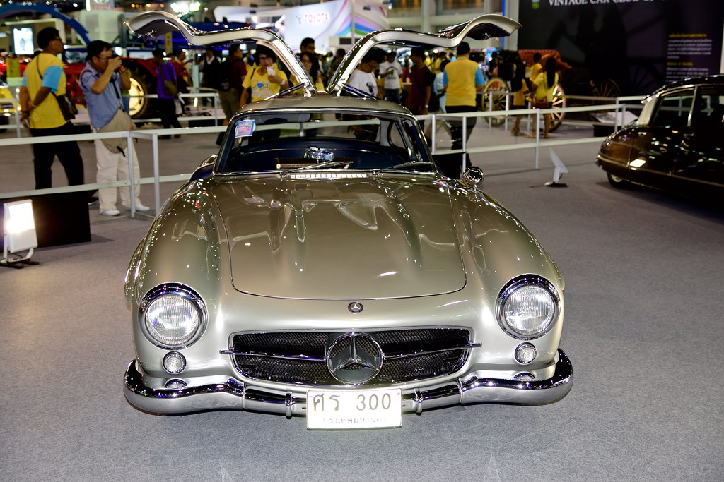 Classic Mercedes Benz 300 SL Gullwing At The 32nd Thailand International Motor Expo IMPACT