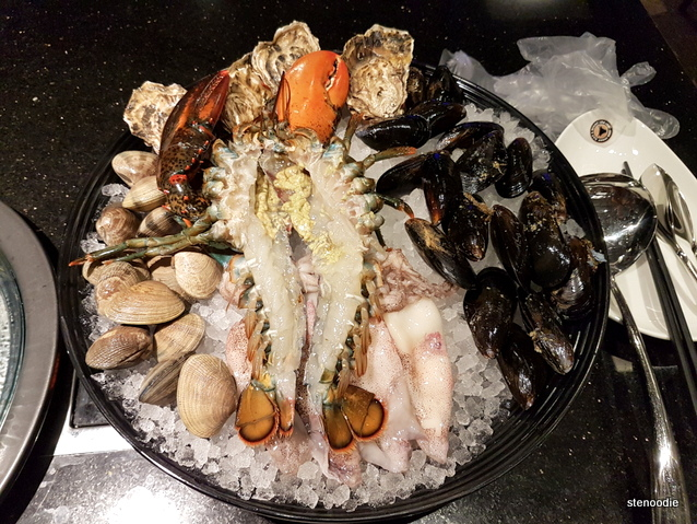 Seafood platter for Combo B