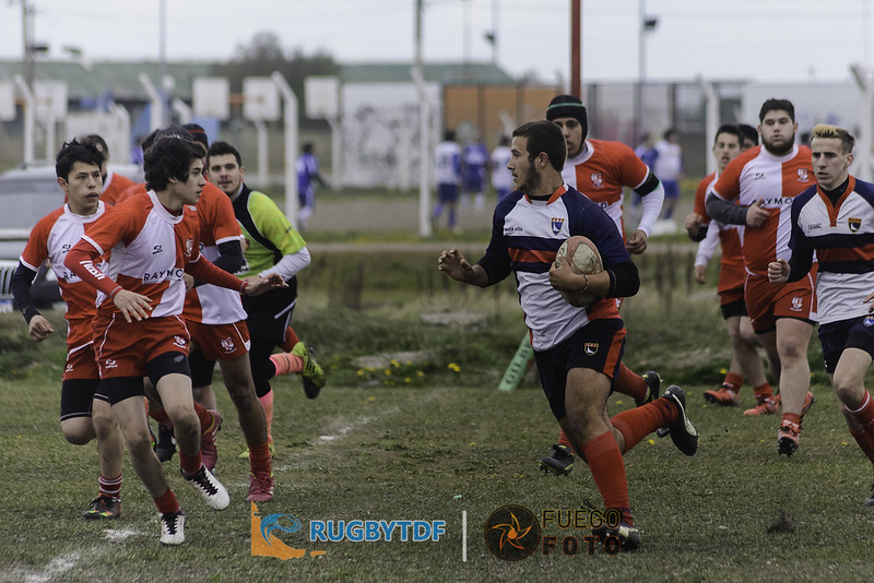 Universitario vs Ushuaia RC - M18 - 20161029