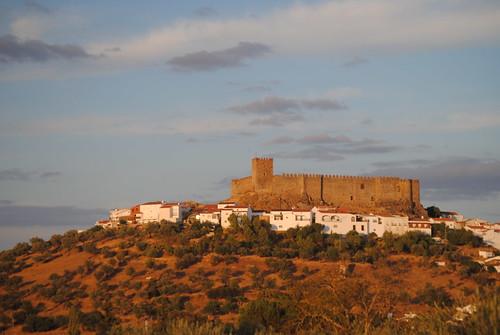 Castillo de Segura de León  Castillo de Segura de León vist…  Flickr