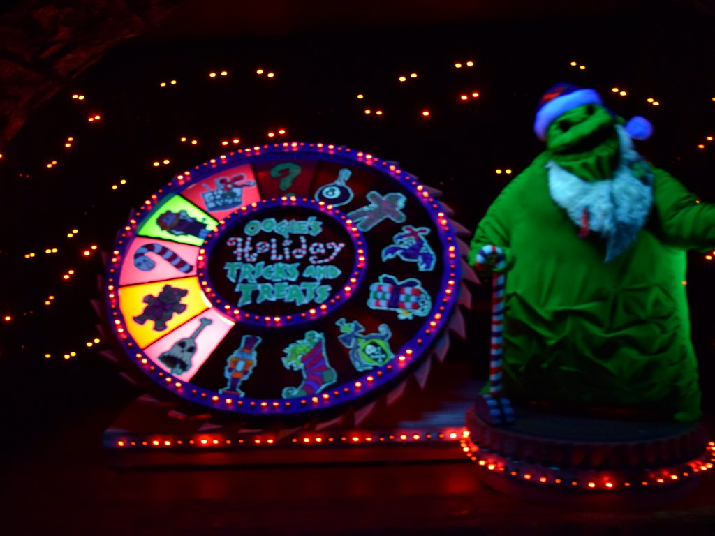 disneyland visit christmas day 2015 haunted mansion holiday oogie boogie by drj1828
